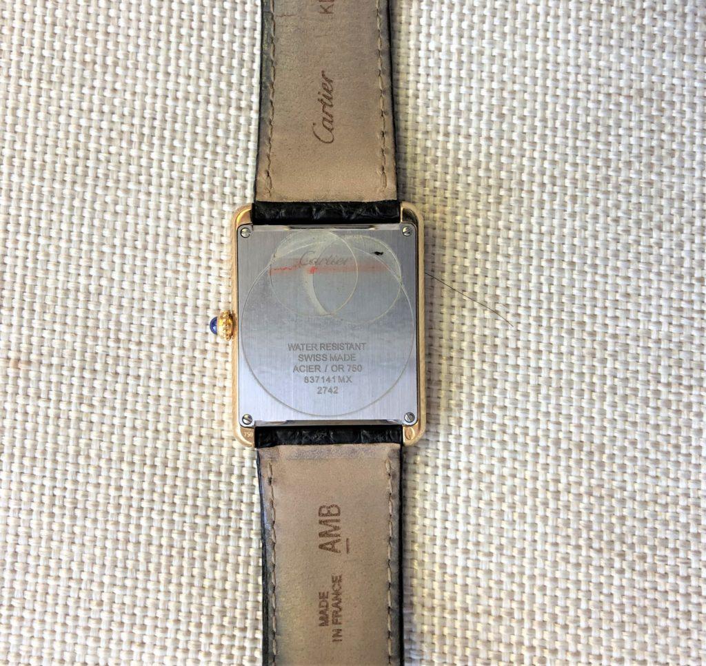 ブログ「モノオス」カルティエタンクソロ(メンズ)のフェイスの裏面を撮った画像
