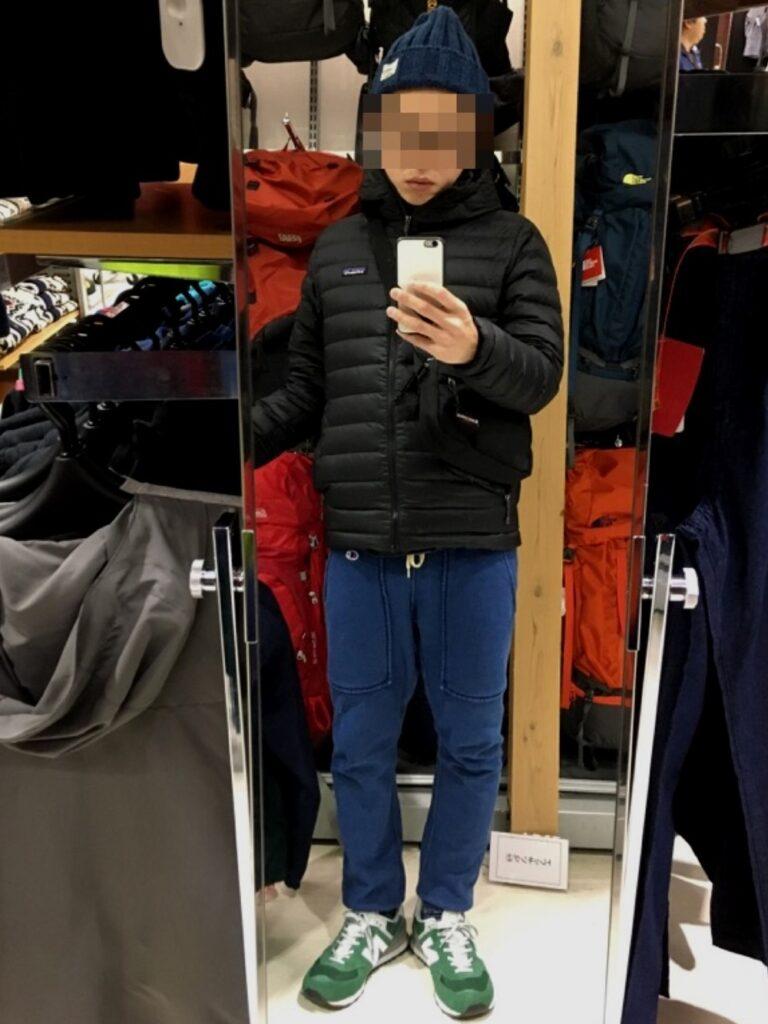 ブログ「モノオス」パタゴニアのダウンセーターを着るshuta氏の画像